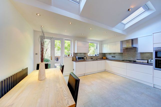 4 bed terraced house for sale in Silverton Road, London