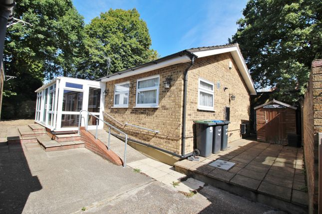Thumbnail Bungalow for sale in Avenue Road, Southgate, London