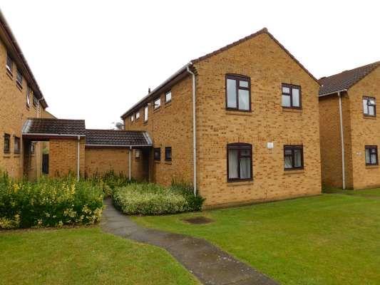 Thumbnail Flat to rent in Walton Park, Walton, Peterborough