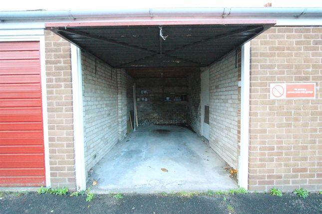 Garage of Greystones Road, Sheffield S11