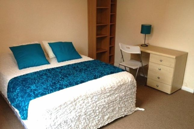 Thumbnail Property to rent in Granby Grove, Headingley, Leeds