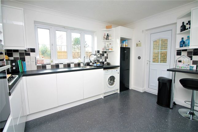 Picture No. 11 of Chetney View, Iwade, Sittingbourne ME9