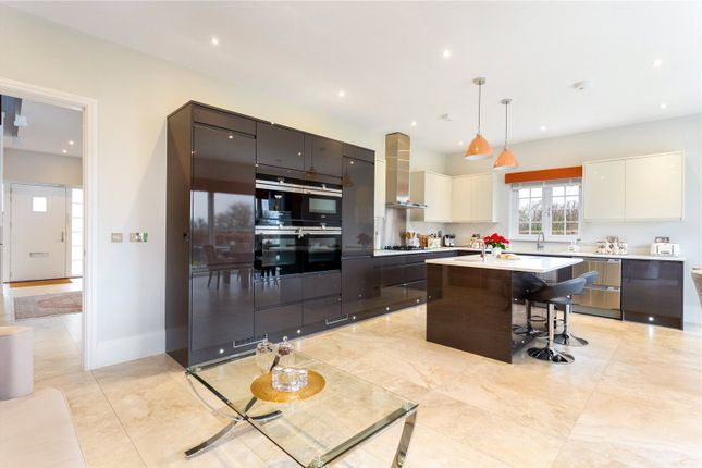 Picture No. 11 of Priest Hill Close, Epsom, Surrey KT17