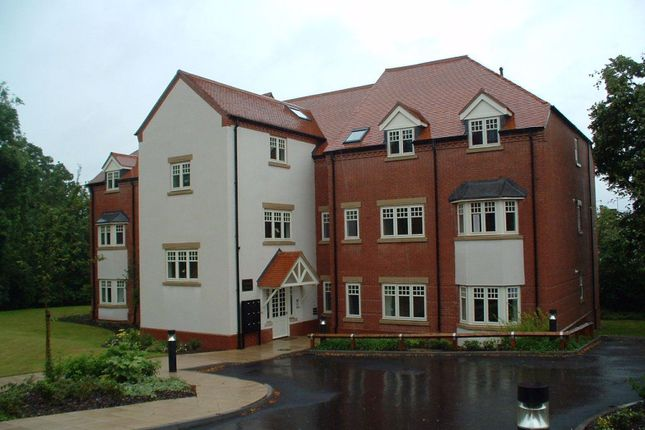 1 bed flat to rent in Oaklands Court, Battenhall Road, Worcester WR5