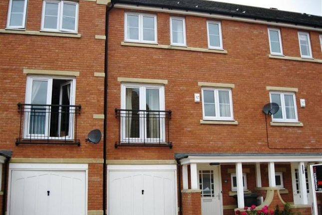 Thumbnail Town house to rent in Blyth Close, Rugby, Warwickshire