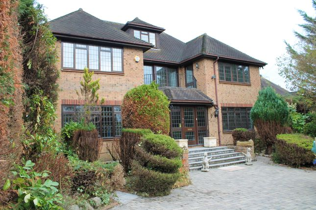 Thumbnail Detached house to rent in Russell Close, Northwood