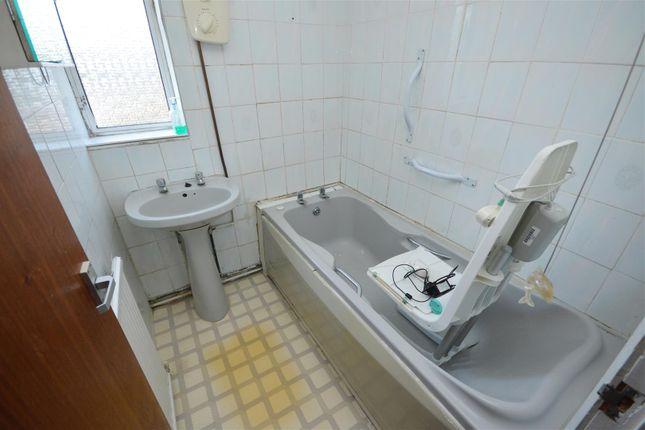 Bathroom of Craydon Road, Stockwood, Bristol BS14