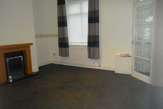 Thumbnail Terraced house to rent in Smallbrook Road, Shaw, Oldham