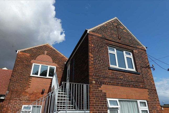 Thumbnail Flat to rent in Henderson Avenue, Scunthorpe