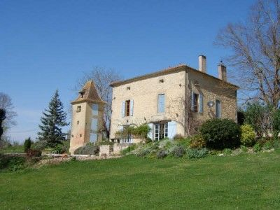 Property for sale in Monbahus, Lot-Et-Garonne, France