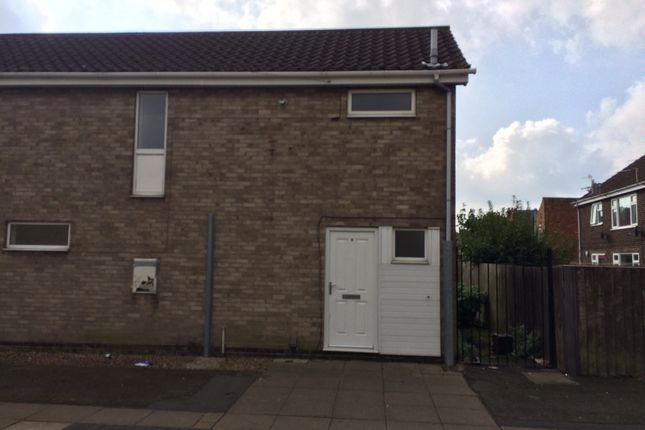 Thumbnail Terraced house to rent in Macaulay Way, Grimsby