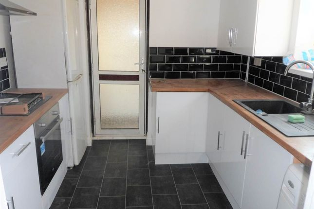 Thumbnail Semi-detached house to rent in Milton Close, Yate, South Gloucestershire