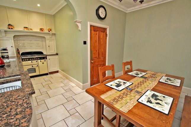 Dining Kitchen of Robinson Road, Mapperley, Nottingham NG3