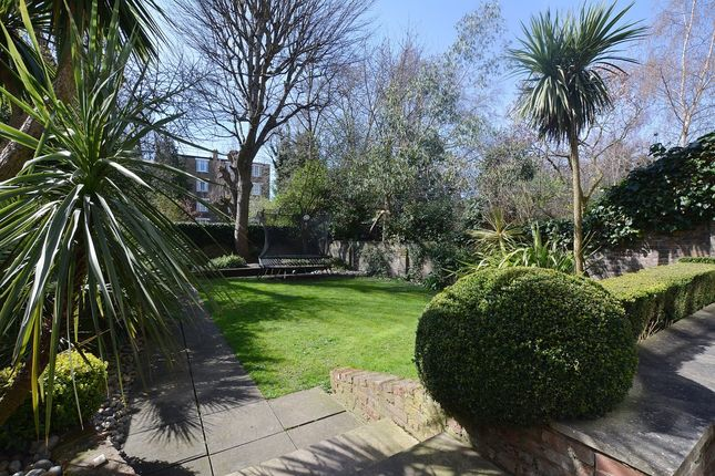 Flats to Let in Hamilton Terrace, London NW8 - Apartments to Rent in ...