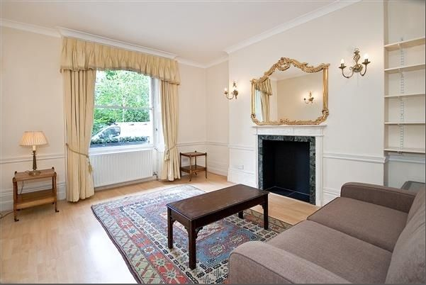 1 bed flat to rent in Brompton Square, Knightsbridge, London
