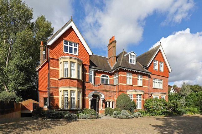2 bed flat for sale in Arthur Road, Wimbledon SW19