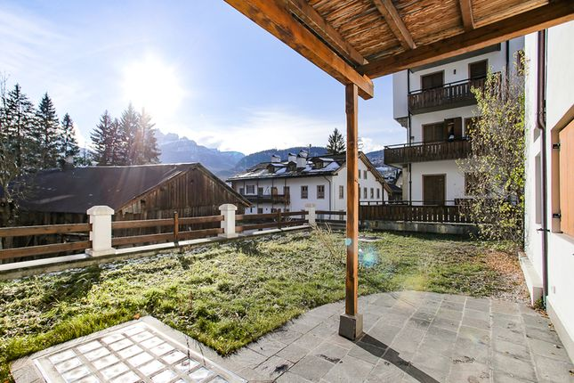 Thumbnail Apartment for sale in Corso Italia 13, Cortina d Ampezzo, Cortina d Ampezzo, Dolomites, Italy