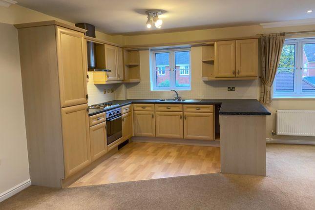 Thumbnail Flat to rent in Longfellow Road, Stratford-Upon-Avon