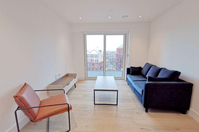 1 bed flat to rent in 7A Exchange Gardens, Keybridge, London SW8