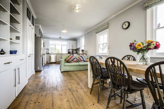 Thumbnail Detached house for sale in East Cliff Road, Southborough, Tunbridge Wells
