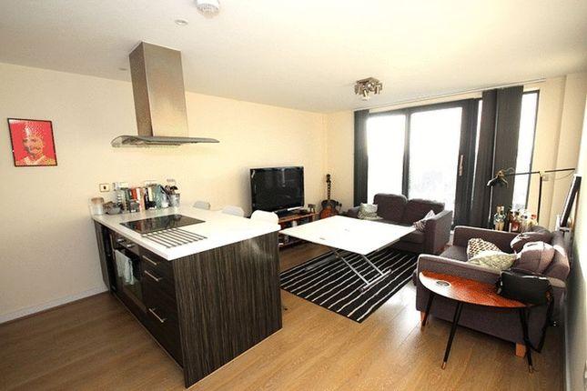 Thumbnail Flat to rent in Festubert Place, London