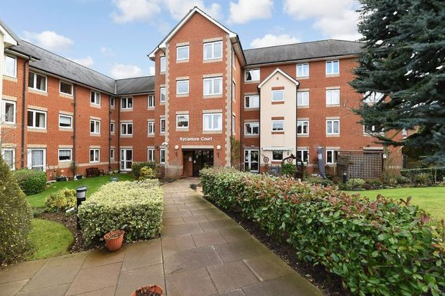 1 bed flat for sale in Sycamore Court, Aylesbury
