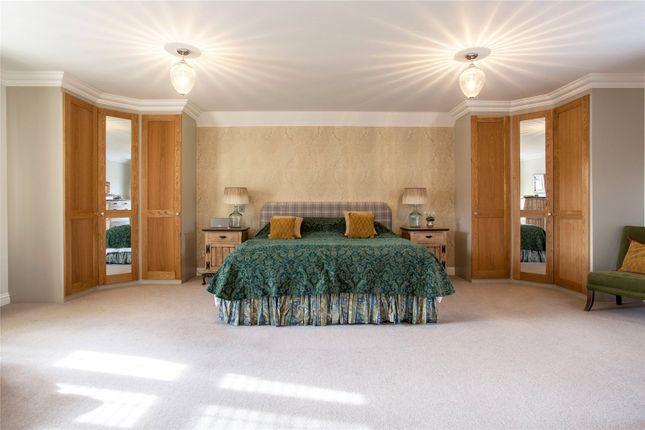 Master Bedroom of Hazel Grove, Kingwood, Henley-On-Thames, Oxfordshire RG9