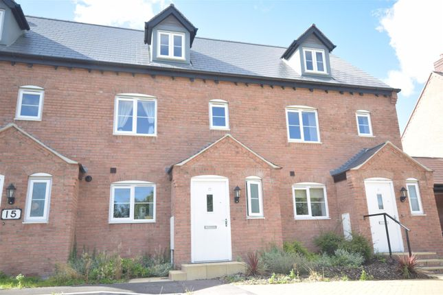 Thumbnail Terraced house for sale in Otters Holt, Bishopton, Stratford-Upon-Avon