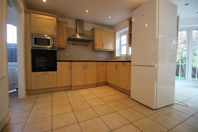 Thumbnail Detached house to rent in Tavistock Avenue, London