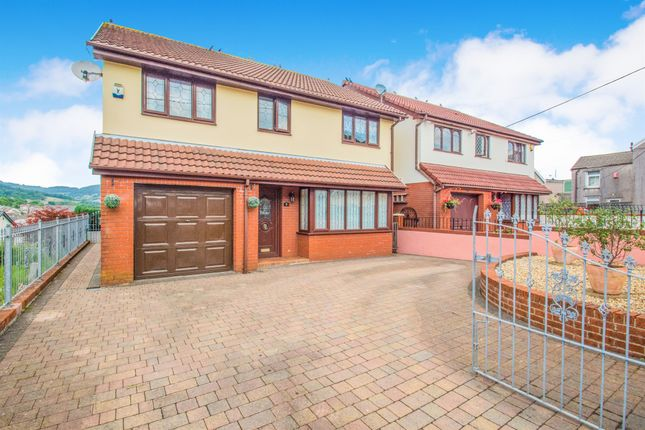Thumbnail Detached house for sale in Bank Street, Penygraig, Tonypandy