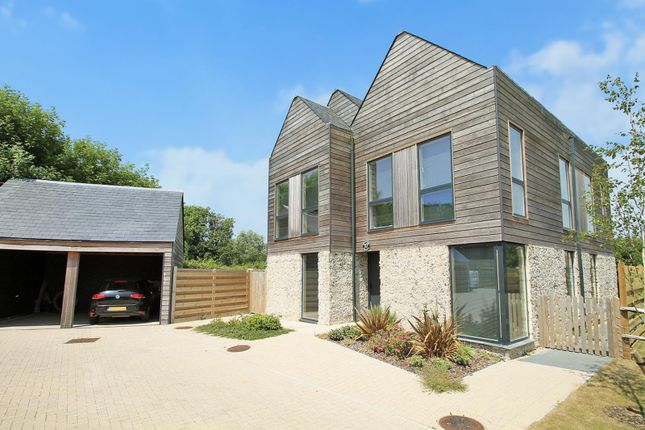 Thumbnail Detached house for sale in Fulbeck Avenue, Worthing