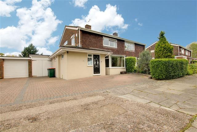 Thumbnail Semi-detached house for sale in Ringwood Close, Crawley