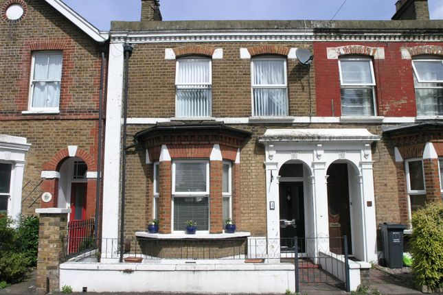 Thumbnail Property for sale in Ivy Road, Hounslow
