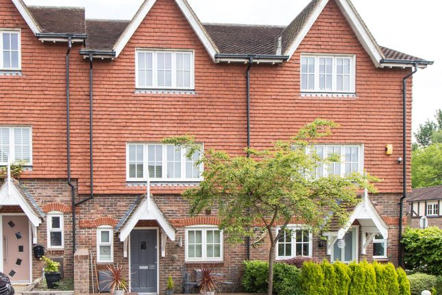 Thumbnail Semi-detached house to rent in Poplar Mews, Bolnore Village, Haywards Heath