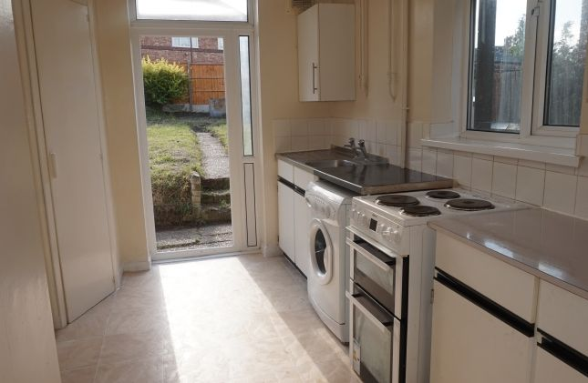 Thumbnail Semi-detached house to rent in Sibthorpe Road, London