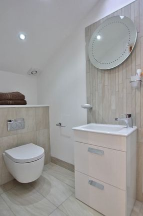 Master Suite of Oldfield Drive, Lower Heswall, Wirral CH60