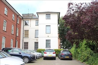 Office to let in 39 London Road, Newbury