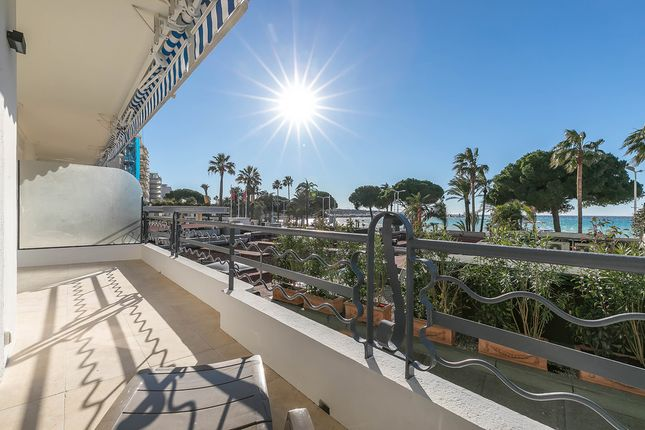 Apartment for sale in Cannes, French Riviera, France