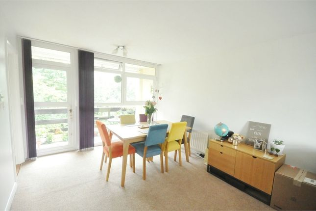 Thumbnail Flat to rent in St Vincent Road, Walton-On-Thames, Surrey