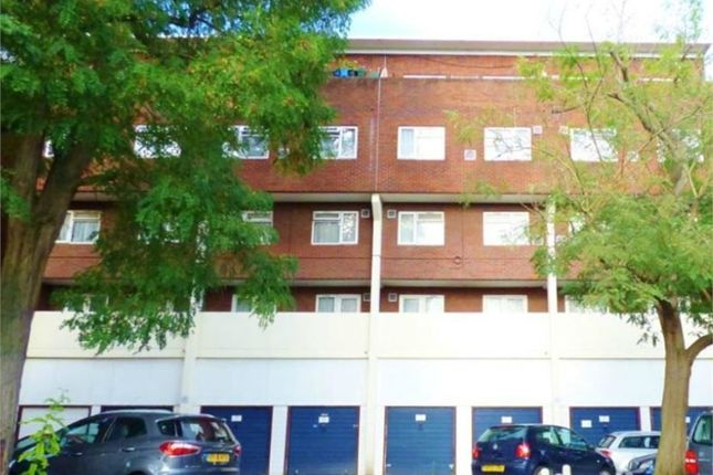 Thumbnail Flat for sale in Brent Lea, Brentford, Greater London