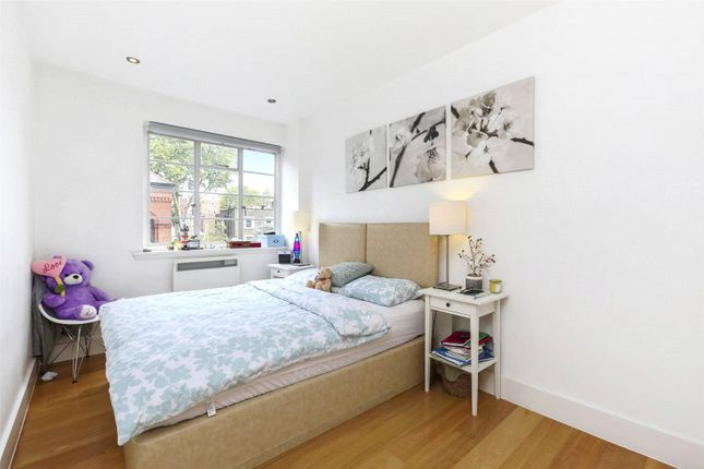 Second Bedroom of St Petersburgh Place, Bayswater W2