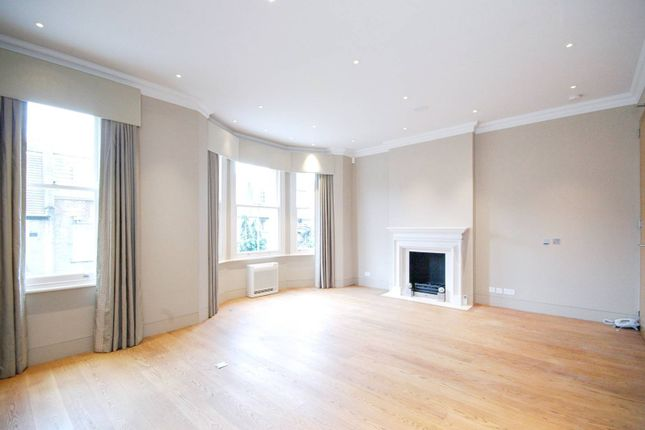 Thumbnail Terraced house to rent in Tite Street, Chelsea