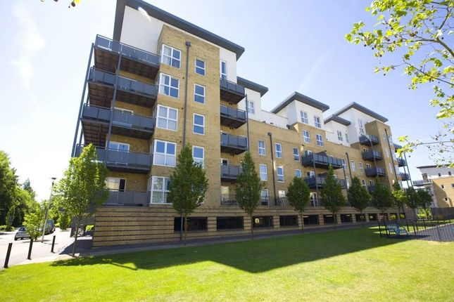Picture No. 12 of Catalonia Apartments, Metropolitan Station Approach, Watford, Hertfordshire WD18