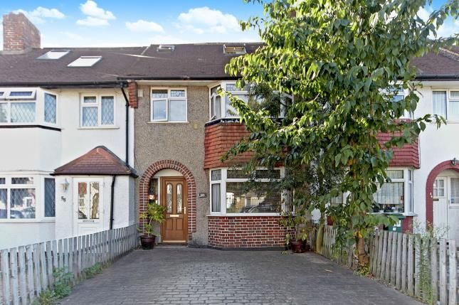 Thumbnail Terraced house for sale in Bramblewood Close, Carshalton, Surrey, England