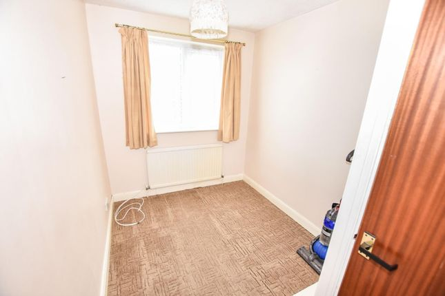 Bedroom Three of Ludlow Close, Northampton NN3