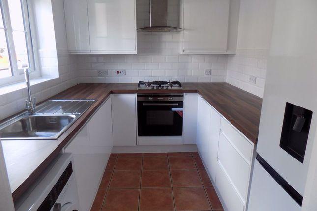 3 bed property to rent in Byron Way, Killay, Swansea SA2