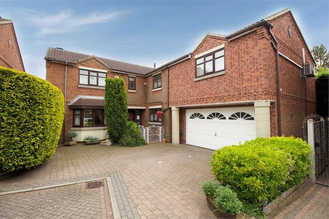Thumbnail Detached house for sale in Eleanor Court, Edenthorpe, Doncaster, South Yorkshire