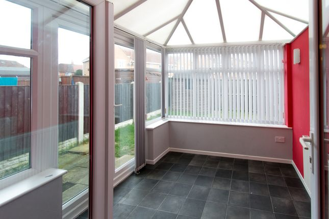 Thumbnail Semi-detached house to rent in Harris Road, Armthorpe, Doncaster
