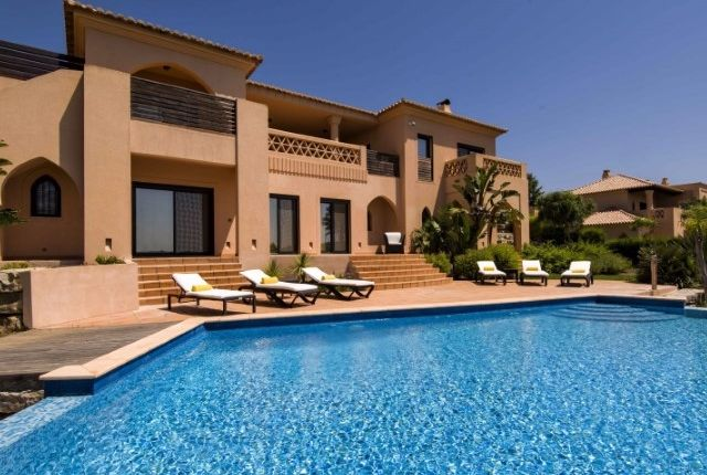 4 bed villa for sale in Alcantarilha, Silves, Portugal