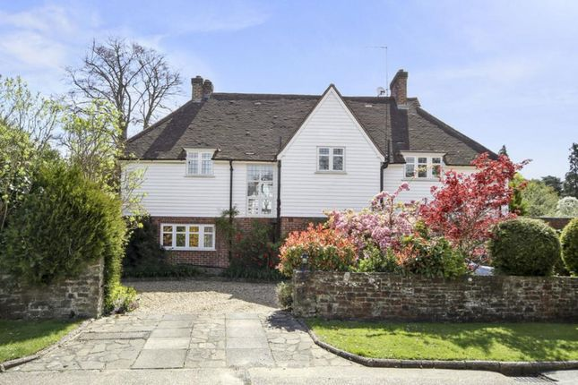 Thumbnail Detached house to rent in Southfield Place, Weybridge